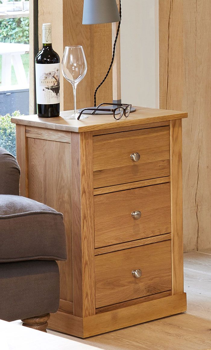 mobel oak 3 drawer lamp table bedside cabinet